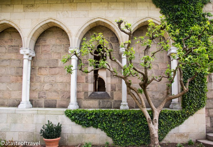 Bonnefont Cloister and Garden at the Cloisters Museum, New York